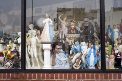 Elvis_and_Others_in_Window
